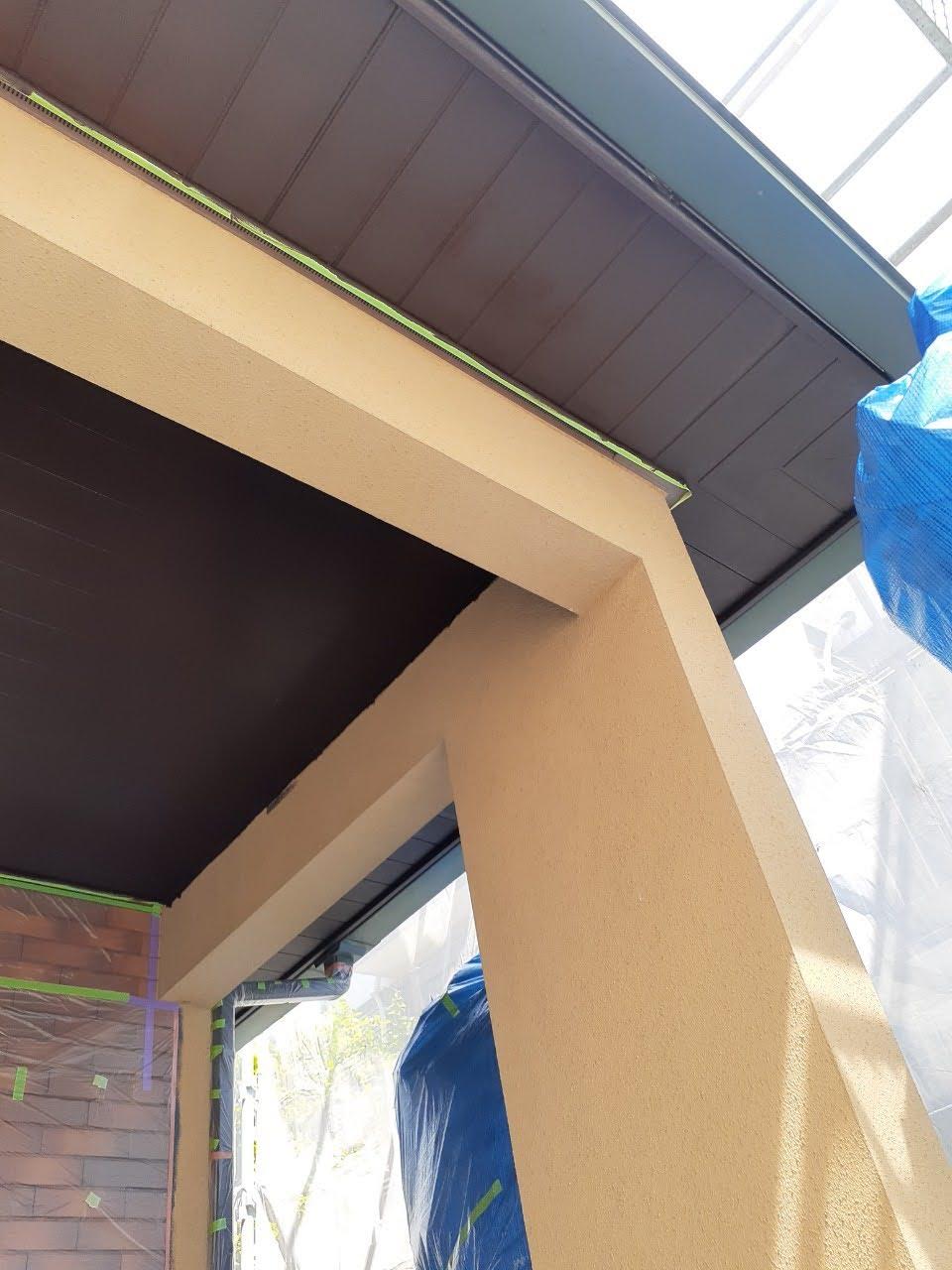 軒天井塗装後の画像