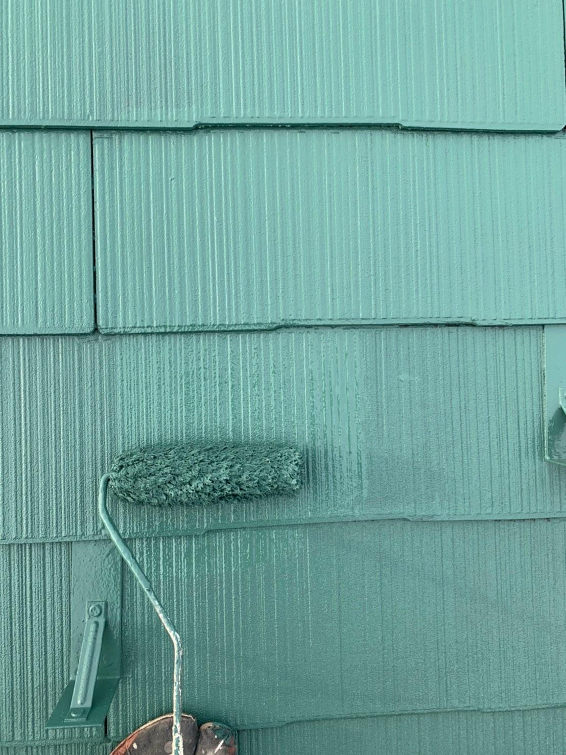 屋根上塗りの画像