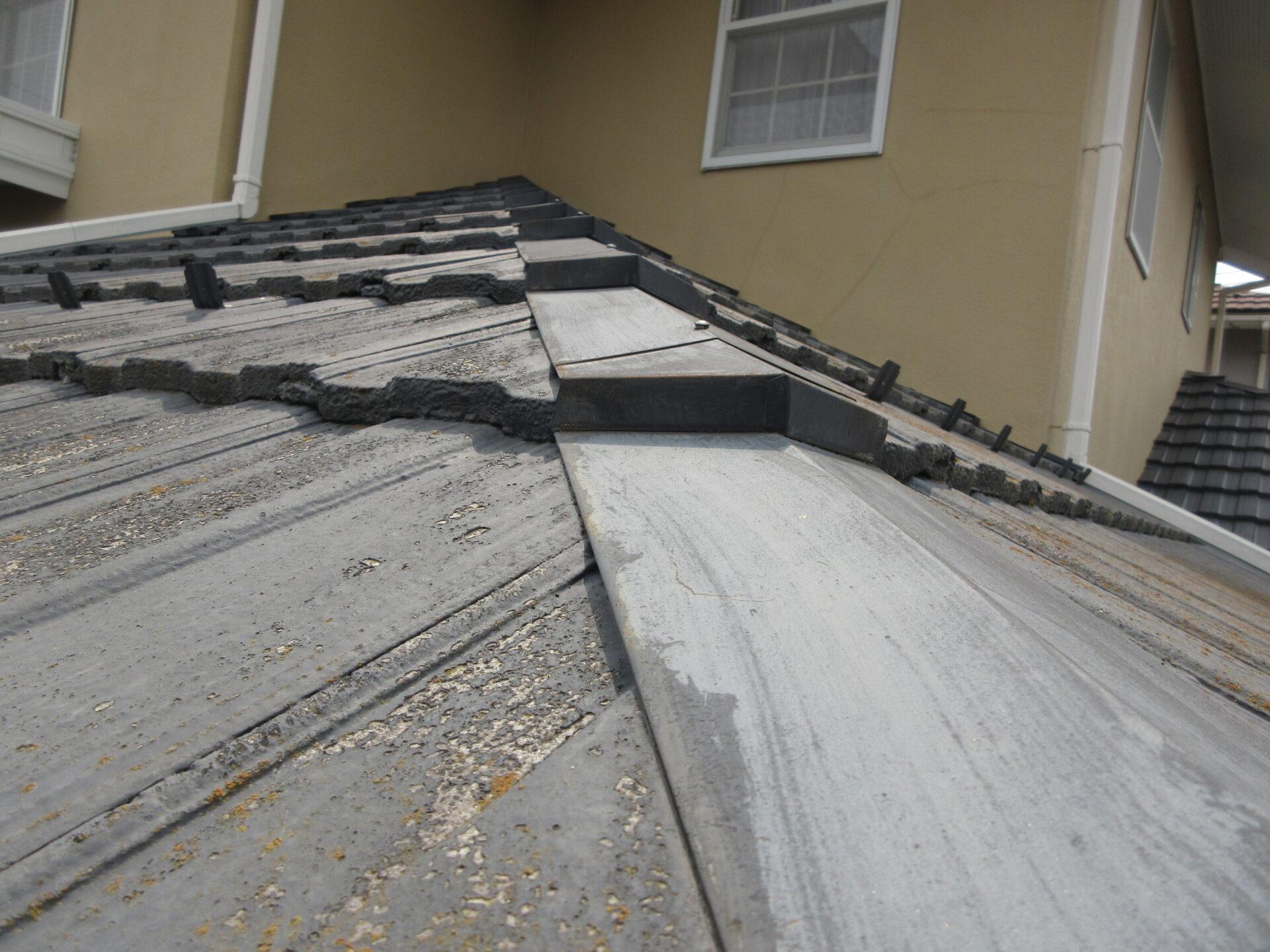 屋根板金の画像