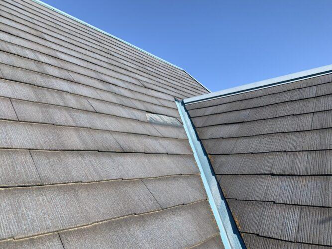 スレート屋根の破損の画像